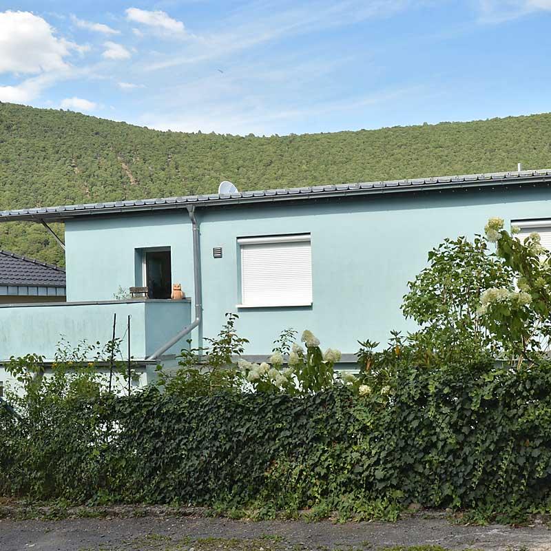 Hauberallee 12 - das Anwesen mit der Ferienwohnung Uhuherz, Pfalz